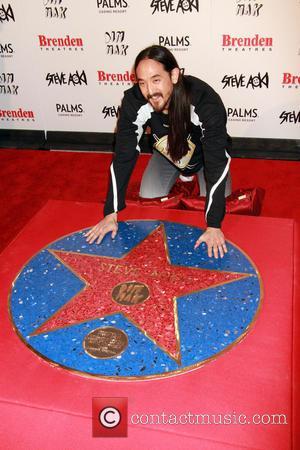 Steve Aoki - DJ/Producer Steve Aoki receives the