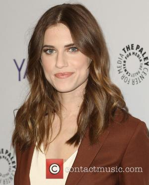 'Girls' Star Allison Williams Weds Ricky Van Veen