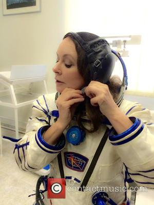 Sarah Brightman Shares Zero Gravity Snaps