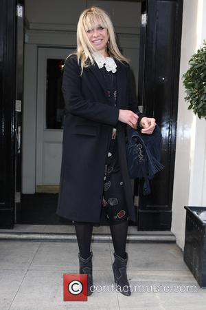 Jo Wood - Celebs attend Mothers2mothers VIP Mother's Day Tea at Morton's, Berkeley Square, London at Mortons - London, United...