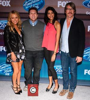 (l-r) Actors Becki Newton, Nate Torrence, Meera Rohit Kumbhani and Zachary Knighton