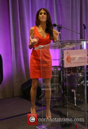 Samantha Harris - The Get In Touch Foundation's 2nd Annual 'PRETTY IN PINK' Luncheon & Women of Strength Awards -...