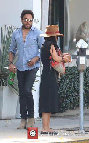 Lenny Kravitz and Lisa Bonet - Lenny Kravitz and his ex-wife Lisa Bonet go for lunch together at Gracia Madre...