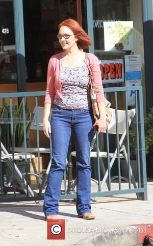 Amy Yasbeck - Actress Amy Yasbeck goes shopping in Beverly Hills - Los Angeles, California, United States - Monday 16th...