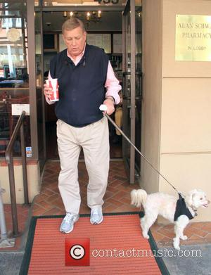 Ken Howard - 30 Rock veteren actor, Ken Howard grabs a cold drink while going shopping in Beverly Hills with...