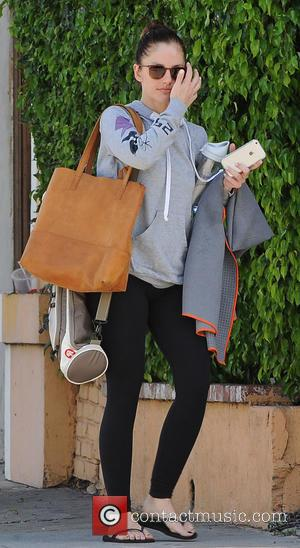 Minka Kelly - Minka Kelly leaving the gm - Los Angeles, California, United States - Monday 16th March 2015