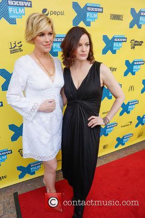 Molly Ringwald and Ally Sheedy