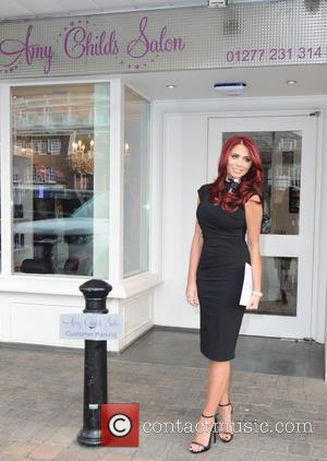 Amy Childs - Amy Childs launches 3D Lipo at her salon in Brentwood, Essex - London, United Kingdom - Tuesday...