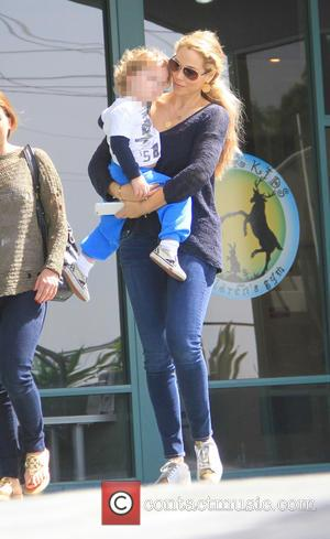 Elizabeth Berkley and Sky Lauren - Elizabeth Berkley takes her son Sky to Fit for Kids in West Hollywood -...