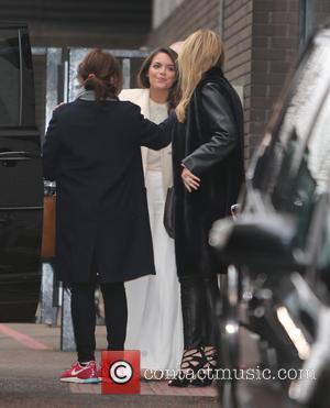 Holly Valance and Olympia Valance - Holly Valance and sister, Olympia Valance outside the ITV studios - London, United Kingdom...