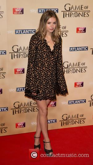 Hannah Murray - Shots of a variety of stars as they arrived to the World premiere of the fifth season...