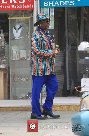 Bishop Don Magic Juan - The Bishop Don 'Magic' Juan goes shopping in Hollywood - Los Angeles, California, United States...