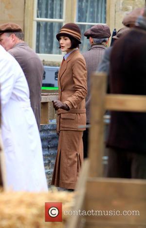 Michelle Dockery - The cast of 'Downton Abbey' film a market scene for the new series - Oxford, United Kingdom...