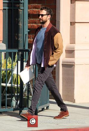 Noah Wyle - Noah Wyle goes shopping in Beverly Hills wearing brown suede shoes and two tone brown jacket -...