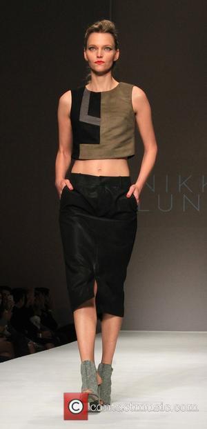 Nikki Lund Pictures Photo Gallery