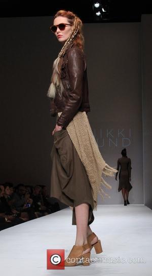 Nikki Lund and Model