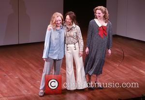 Elisabeth Moss, Ali Ahn and Cast