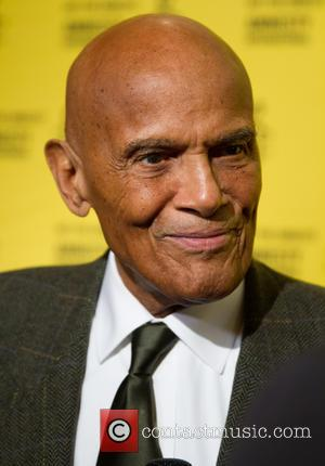 Harry Belafonte Recovering After Seizure