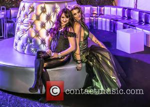 Vikki Lizzi and Heather Chadwell