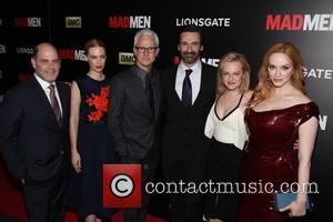 The Cast Of Madmen L To R, Matthew Weiner, January Jones, John Slattery, Jon Hamm, Elisabeth Moss and Christina Hendricks