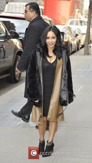 Nicole Polizzi - Guest leaving the View in New York - Manhattan, New York, United States - Wednesday 25th March...