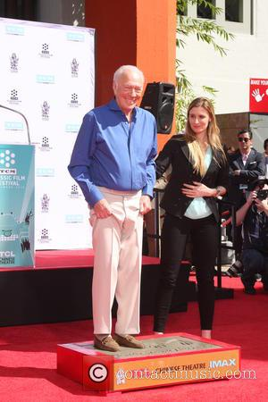 Christopher Plummer - Christopher Plummer Handprint and Footprint Ceremony at the Chinese Theater at TCL Chinese Theater - Los Angeles,...