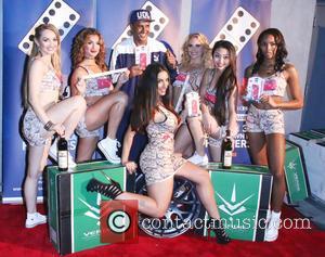Heather Alexandra, Darris Love, Marissa LeAnn, Liana Mendoza and Victoria Davis