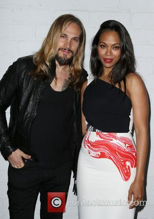 Zoe Saldana's Husband Becomes U.s. Citizen
