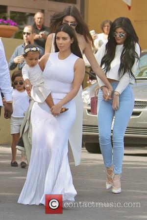 Kim Kardashian Urged To Consider Surrogacy