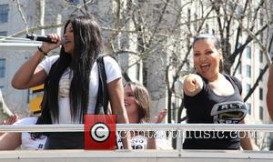 Salt-n-pepa Launching Push It Clothing Line