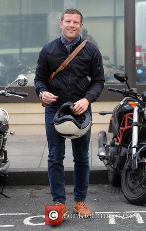 Dermot O'Leary - Dermot O'Leary at the BBC Radio 2 studios - London, United Kingdom - Wednesday 8th April 2015