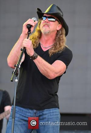 Trace Adkins Appears Intoxicated At Charity Concert - Report