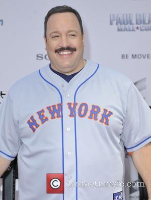 Kevin James - New York premiere of 'Paul Blart: Mall Cop 2' - Arrivals - New York, United States -...