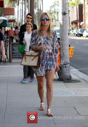 Nicky Hilton - Nicky Hilton out and about on a shopping spree in Beverly Hills with her mom - Los...