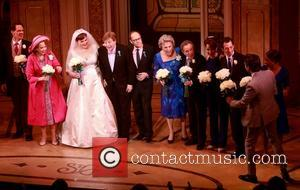 Michael X. Martin, Harriet Harris, Lisa Howard, Brian Hargrove, David Hyde Pierce, Tyne Daly and Chip Zien