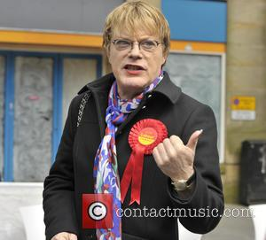 Eddie Izzard - Comedian Eddie Izzard joins Labour Party candidate for the Lancaster and Fleetwood constituency Cat Smith at a...