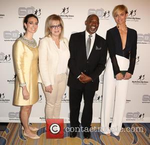 Tiffany Siart, Laura Lizer, Gregg Daniel and Amber Valletta