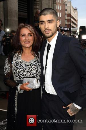 Zayn Malik Cancels First Solo Tv Appearance