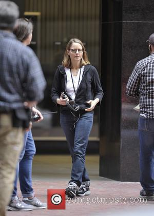 Jodie Foster - Jodie Foster on set filming 'Money Monsters' - Manhattan, New York, United States - Saturday 18th April...