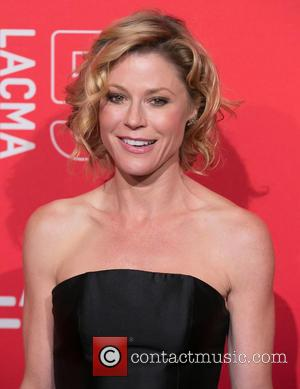 Elizabeth Banks - LACMA 50th Anniversary Gala sponsored by Christies - Arrivals at LACMA - Los Angeles, California, United States...