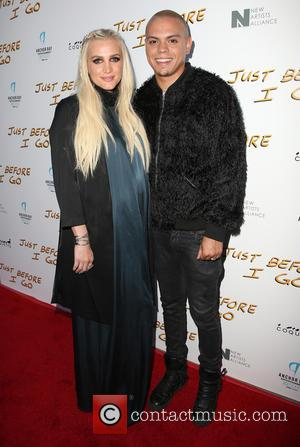 Ashlee Simpson & Evan Ross Welcome A Baby Girl