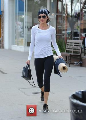 Lisa Rinna - Lisa Rinna finishes a hard core yoga class - Los Angeles, California, United States - Wednesday 22nd...