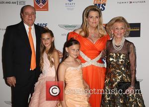 Kenneth Rickel, Ariana Rickel, Isabella Rickel, Nancy Davis and Barbara Davis