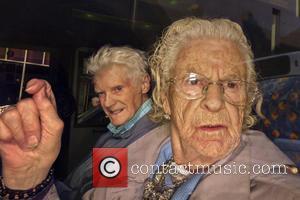 Sony, Glasgow Scotland, omnibus and Granny