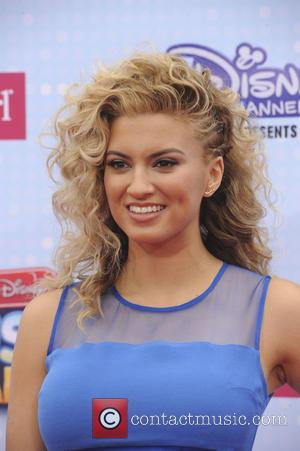 Tori Kelly - 2015 Radio Disney Music Awards (RDMA) - Arrvials at Disney - Los Angeles, California, United States -...