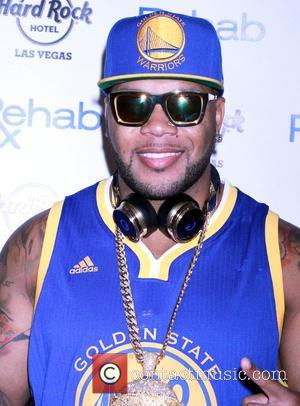 Flo Rida - Flo Rida kicks off Rehab Pool at Hard Rock Hotel & Casino's 2015 Grand Opening Weekend -...