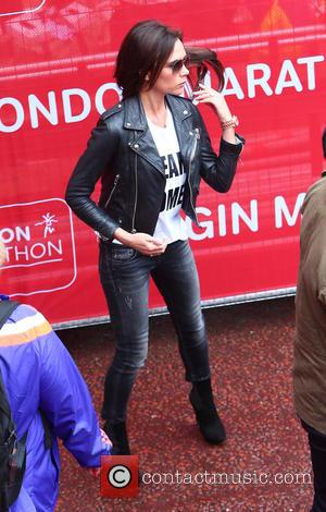 Victoria Beckham - Virgin Money London Marathon 2015 - London, United Kingdom - Sunday 26th April 2015