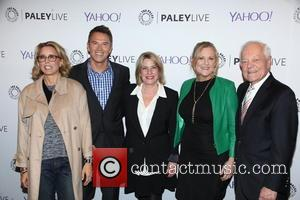 Tea Leoni, Tim Daly, Barbara Hall, Lori Mccreary and Bob Schieffer