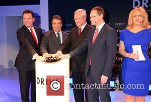 Stephan Gruehsem, Sigmar Gabriel, Martin Winterkorn, Michael Mueller and Barbara Schoeneberger