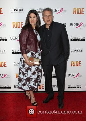 Paula Ravets and Paul Reiser